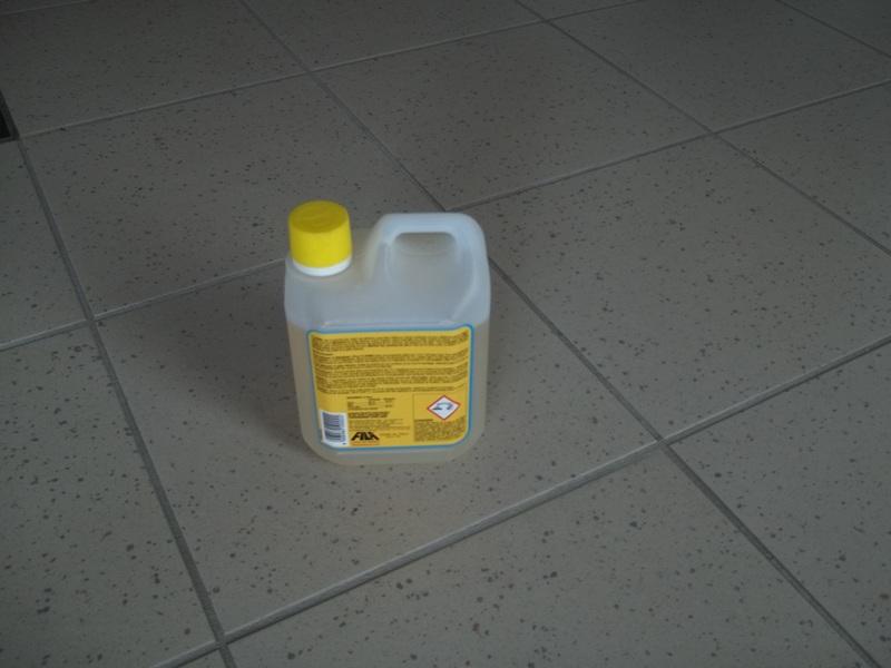 Carrelage entretien de votre carrelage nettoyage d capage for Produit nettoyage carrelage
